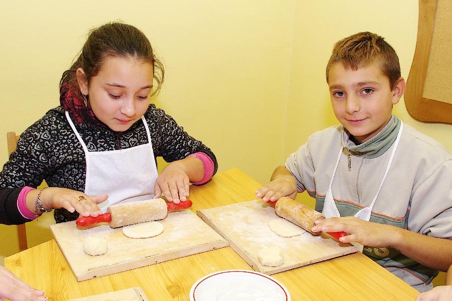 Márton kifli sütés (9)