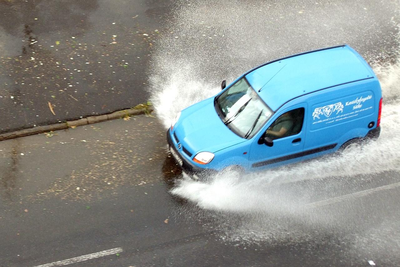 Egy átlagosnál erősebb vihar döngette Szombathelyt