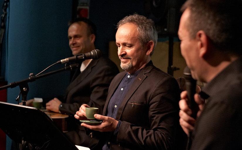 A kávékedvelő zenészek, zenekedvelő kávézók
