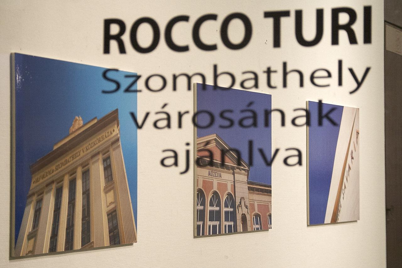 Rocco Turi kiállítása a Szombathelyi Képtárban